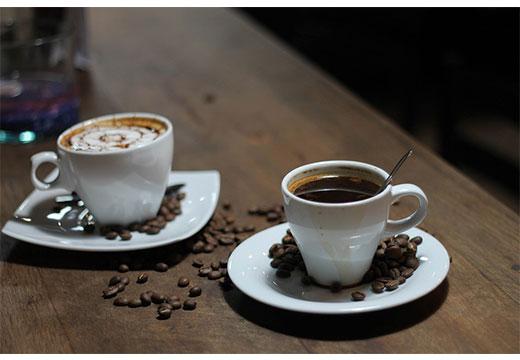 2 чашки кофе