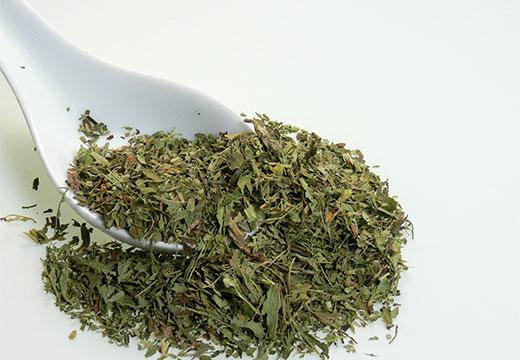 сухая трава стевия