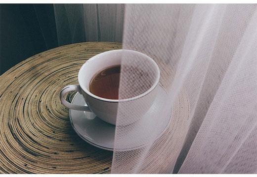 Чай и тюль