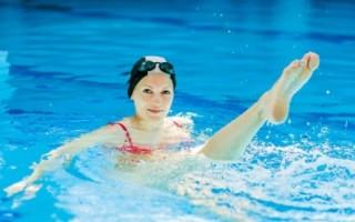 Польза плавания в борьбе с целлюлитом