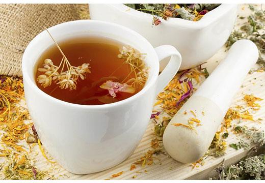 Чай с сушенных цветков
