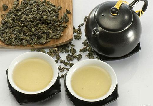 Китайский чай улун и чашки