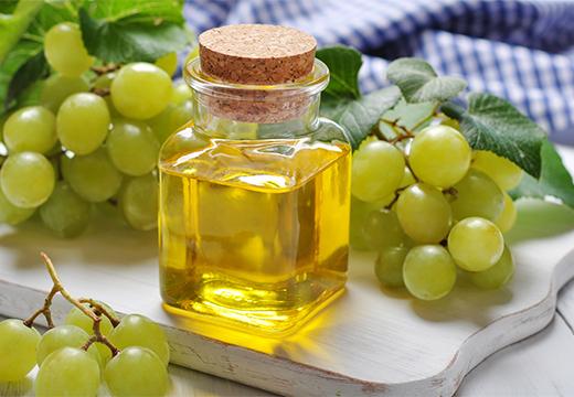 пузырек и виноград