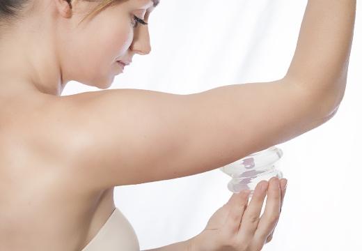 массаж рук баночный