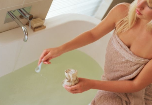 добавлять соль в ванну